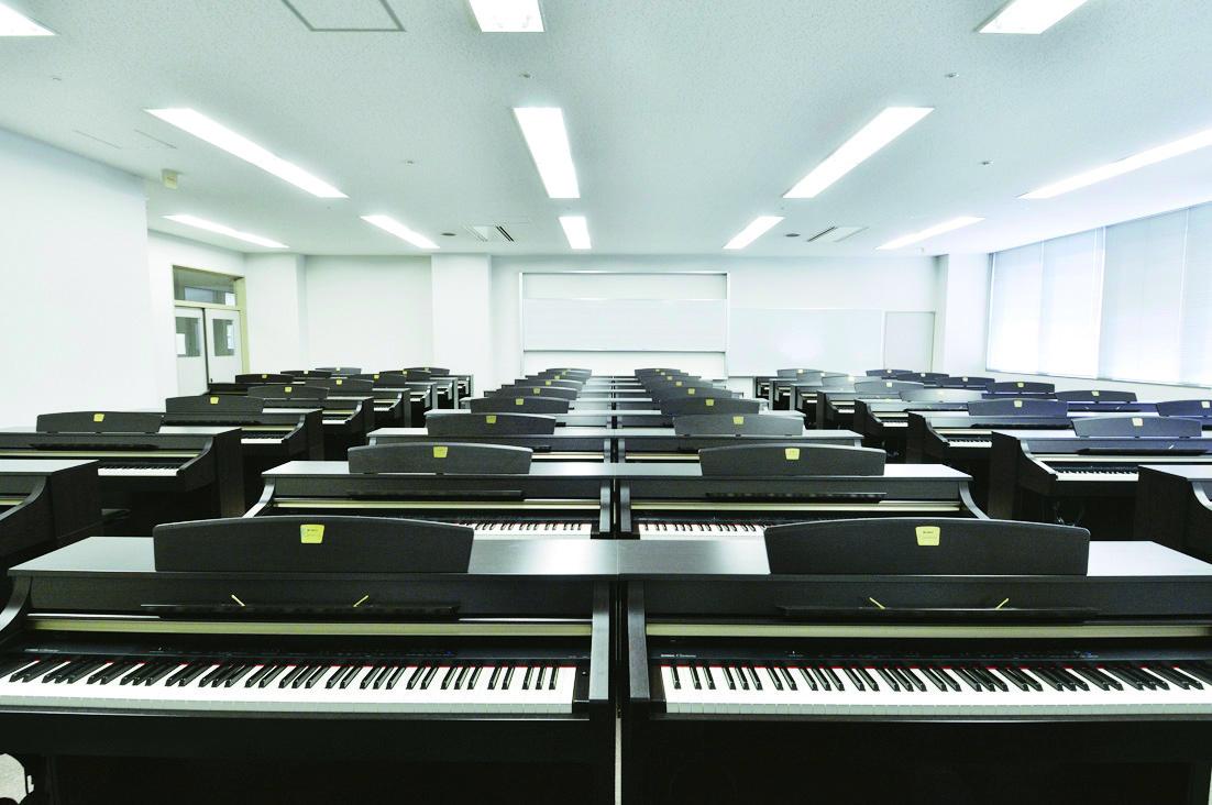 女子 大学 神戸 短期 神戸女子短期大学/偏差値|マナビジョン|Benesseの大学・短期大学・専門学校の受験、進学情報